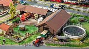 Faller 130574 OO/HO Scale Model Kit BREEDING FARM SET