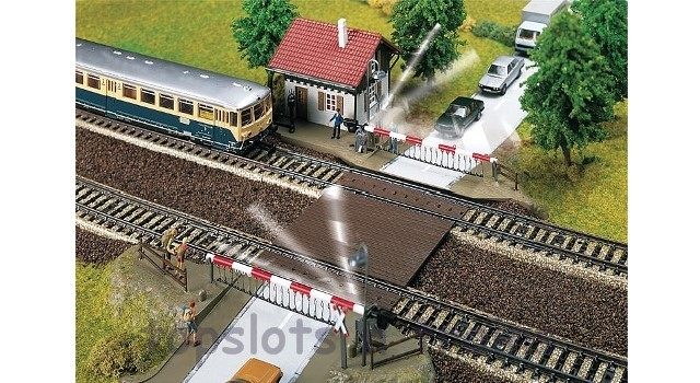 Faller Electric Level Crossing 120174 OO/HO Scale at