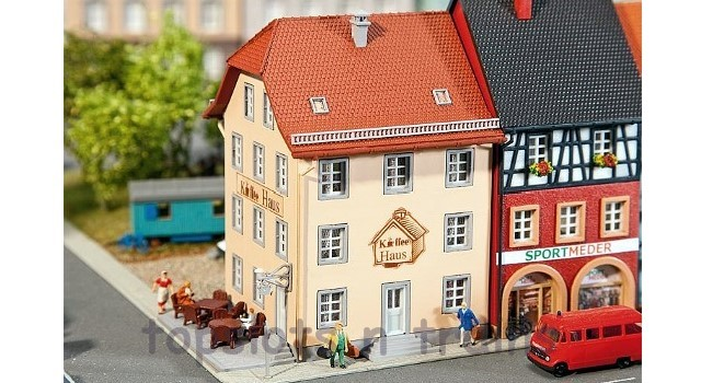 Faller 232332 N Scale Model Kit - TOWNHOUSE - OLD CITY CAFE