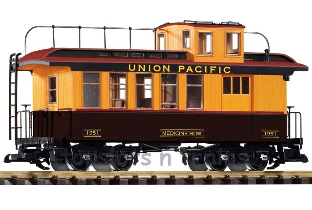 Piko 38640 G Scale - UP WOOD DROVERS CABOOSE - 1951 MEDICINE BOW