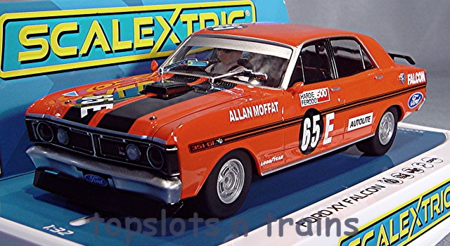 Scalextric C3928 - FORD FALCON XY GT 1971 BATHURST 500 MOFFAT