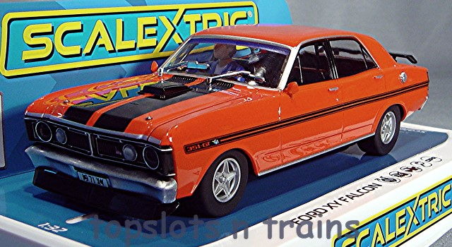 Scalextric C3937 - FORD FALCON ROAD RACING CAR