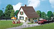 Faller 130204 OO/HO Scale Model Kit SMALL CHALET - WITH ENTRANCE PORCH