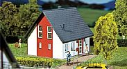 Faller 130315 OO/HO Scale Model Kit DETACHED HOUSE - RED