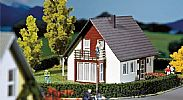 Faller 130318 OO/HO Scale Model Kit FAMILY DETACHED HOUSE - BURGUNDY / WINE RED