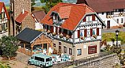 Faller 130438 OO/HO Scale Model Kit THE SONNE INN - WITH SUMMERHOUSE
