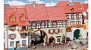 Faller 130499 OO/HO Scale Model Kit NIEDERES TOR CITY HOUSE