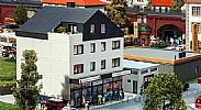 Faller 130654 OO/HO Scale Model Kit HEALTH CENTRE IV