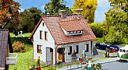 Faller 131364 OO/HO Scale Model Kit HOBBY SERIES - DETACHED FAMILY HOUSE