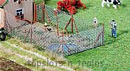 Faller 180414 OO/HO Scale Model Kit WIRE MESH FENCE WITH WOODEN POSTS - 340 mm