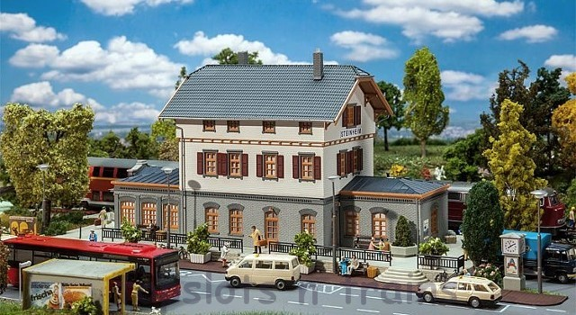 Faller 110112 OO/HO Scale Model Kit - STEINHEIM RAILWAY STATION