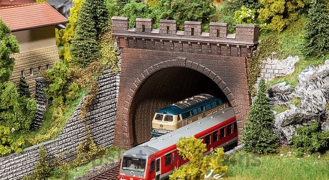 Faller 120570 OO/HO Scale Model Kit - 2 X DOUBLE TRACK CIRCULAR ARC TUNNEL PORTALS