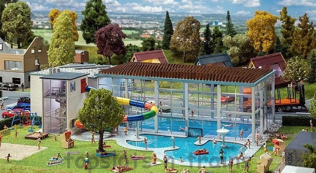Faller 130150 OO/HO Scale Model Kit - MUNICIPAL INDOOR SWIMMING POOL WITH WATERSLIDE