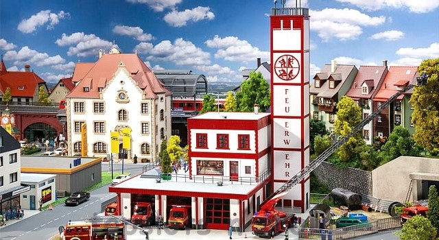 Faller 130159 OO/HO Scale Model Kit - MODERN FIRE STATION