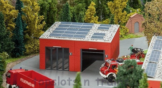 Faller 130161 OO/HO Scale Model Kit - MODERN FIRE STATION VEHICLE / STORAGE HALL