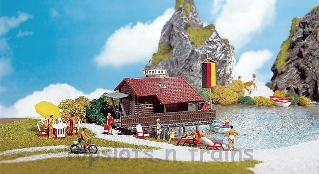 Faller 130284 OO/HO Scale Model Kit - BOATHOUSE WITH BOAT