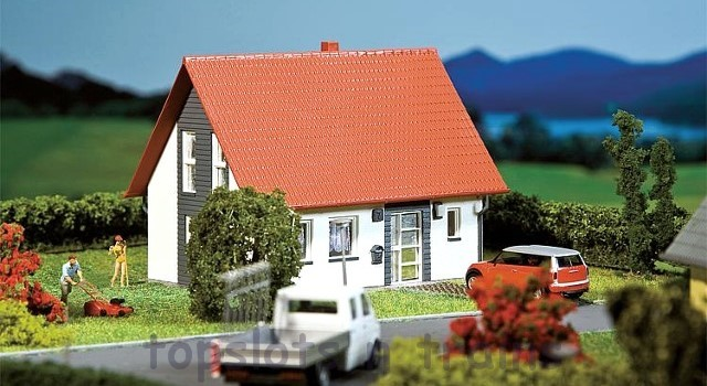 Faller 130316 OO/HO Scale Model Kit - DETACHED HOUSE - GREY