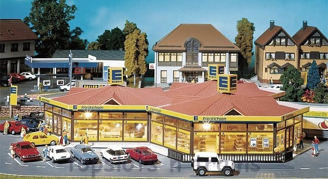 Faller 130342 OO/HO Scale Model Kit - EDEKA LOCAL MINI MARKET