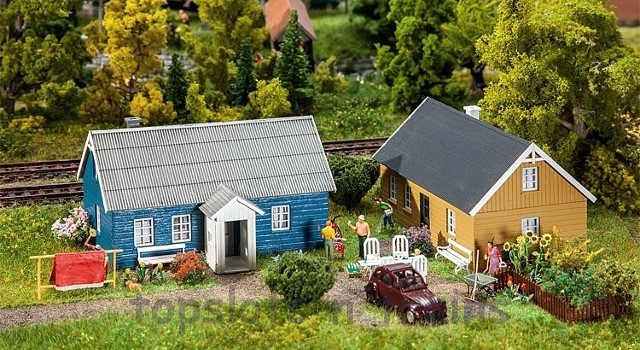Faller 130506 OO/HO Scale Model Kit - 2 X COTTAGES / HOLIDAY HOMES