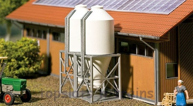 Faller 130530 OO/HO Scale Model Kit - 2 X FEED SILOS - FOR DRY OUTDOOR STORAGE