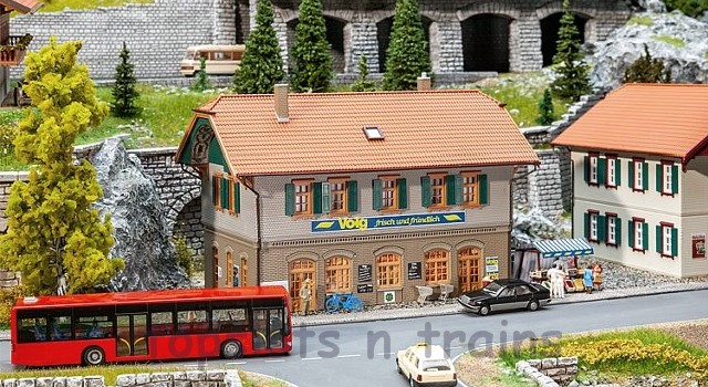 Faller 130595 OO/HO Scale Model Kit - VOLG VILLAGE SHOP WITH APARTMENT