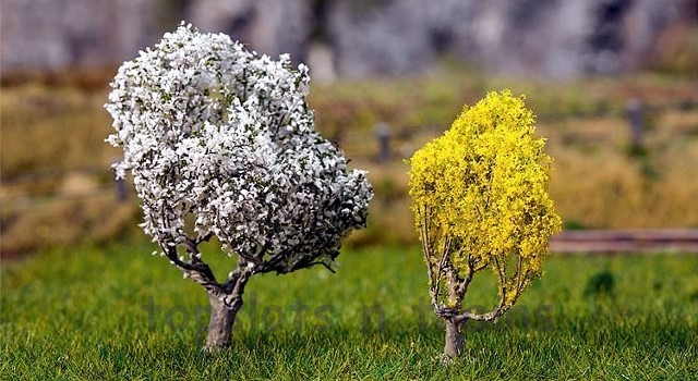 Faller 181189 OO/HO/N Scale Trees - BLACKTHORNE 50 mm AND FORSYTHIA 40 mm - PREMIUM