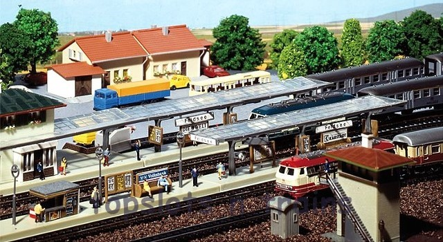 Faller 222119 N Scale Model Kit - 3 X PLATFORMS - 1 OPEN AND 2 WITH GLASS ROOFS