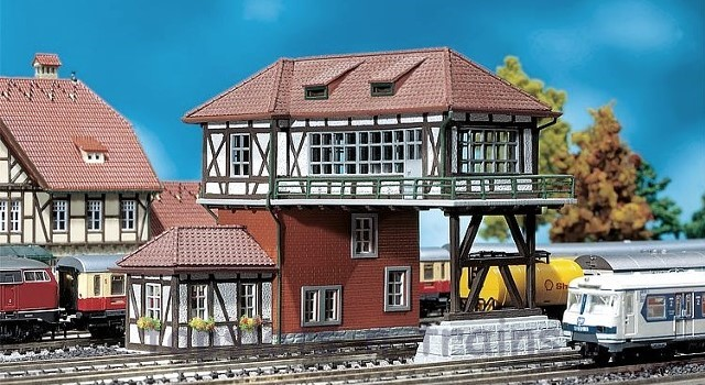 Faller 222159 N Scale Model Kit - OVERHEAD SIGNAL TOWER III - 2 TRACK