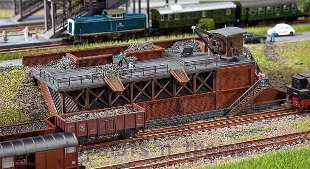 Faller 222163 N Scale Model Kit - COAL CHUTE PLATFORM - BRICK BUILT