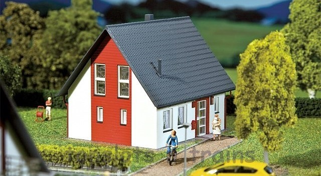 Faller 232320 N Scale Model Kit - DETACHED HOUSE - RED
