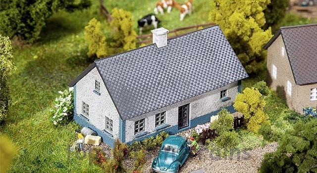 Faller 232348 N Scale Model Kit - BALLUM SMALL COTTAGE