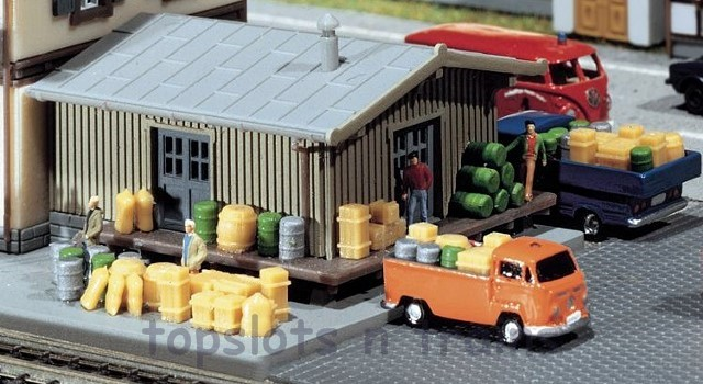 Faller 272537 N Scale Model Kit - CARGO - CASKS / BARRELS / BOXES / CASES / PLANKS