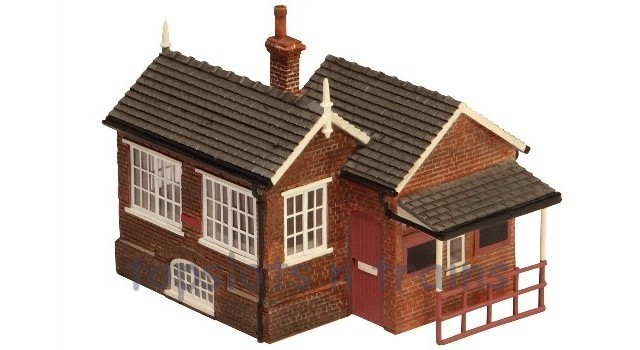 Hornby R9736 - NER SIGNAL BOX AND BOOKING OFFICE