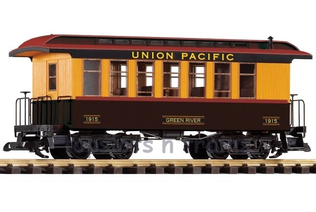 Piko 38636 G Scale - UP WOOD PASSENGER COACH - CAR 1915 GREEN RIVER