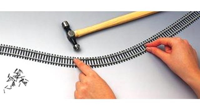 Hornby Track R621 - 8 X FLEXIBLE TRACK