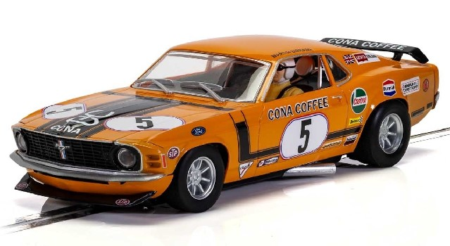Scalextric C4176 - FORD MUSTANG BOSS 302 MARTIN BIRRANE 1972